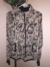 RARE LULULEMON TIE DYE (BEIGE & BLACK) VENTED HOODED JACKET SZ 8 JUST BEAUTIFUL!