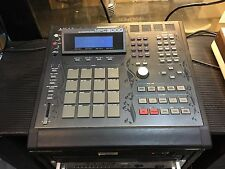 AKAI MPC 3000 LE ,LIMITED EDITION 32 meg drum SAMPLER /PADS/ v 3.11  //ARMENS