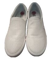 womens shoes size 7.5 sneakers