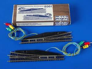 MARKLIN Z - 8561 / 8562 63- electric turnout left + right - mini-club / BOX  EXC