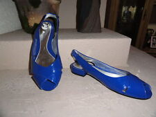 Worthington Blue Faux Leather Flats w/back out open toe. Women Size 5.