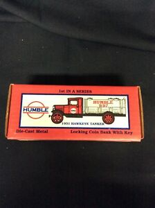 ERTL Humble 1931 Hawkeye Tanker Locking Coin Bank Truck with Key #9073UP NOS