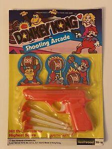 VINTAGE 1982 Fleetwood DONKEY KONG SHOOTING ARCADE Sealed Dart Target Game Mario