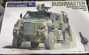 1/35 Bushmaster By Showcase Models As New