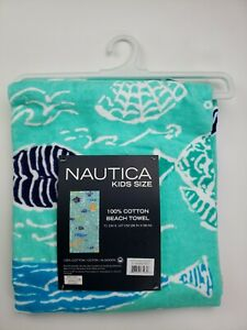 Nautica Kids Size  28 x 58 in. Beach Towel 100% Cotton Fish Design Blue