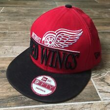 Detroit Red Wings New Era 9Fifty Basic Red Flat Brim Snapback Hat (Adult OSFA)