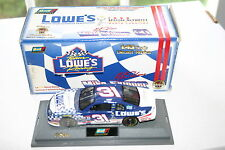 1/43 CHEVY MONTE CARLO LOWE'S SPECIAL OLYMPICS #31 NASCAR REVELL COLLECTION
