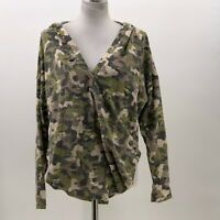 Honey Punch Camo Hoodie long sleeve shirt distresssed sz M Medium