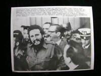 100% REAL PHOTO RARE FIDEL CASTRO  CUBA 1960 #2589