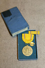 Original WW2 American Defense Medal w/Ribbon (PB) & Ribbon Bar 1946 d. Boxed Set