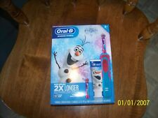 Oral B Frozen Rechargeable Toothbrush 2 Brusheads 1 Charger Toothpaste Gift Set