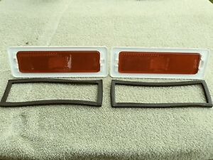 1970-74 CHEVY II NOVA Rear Side Marker Lamp Light RED GUIDE Lens w/ Gaskets PAIR