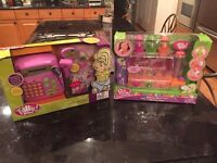 POLLY POCKET SHOP TILL YOU DROP CASH REGISTER & TOTALLY BEAD-IFUL JEWELRY MAKER