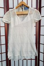 Simply Vera Wang White Crochet Front Long  Shirt  Sz Medium Short Sleeve