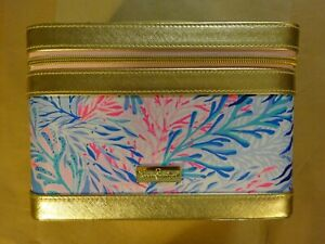 LILLY PULITZER Kaleidoscope Coral Print Hard Cosmetic Train Case - Used