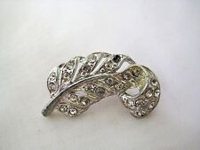 VTG Art Nouveau Feather Brooch Pin Rhodium Plated Pot Metal & Clear Rhinestone