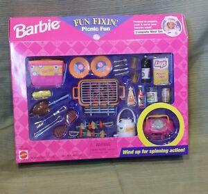 BARBIE FUN FIXIN PICNIC FUN *NEW*
