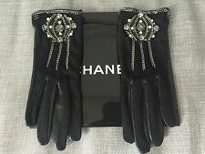 Women's gloves CHANEL. New. Size 7.5. Made in France. Originally $1799