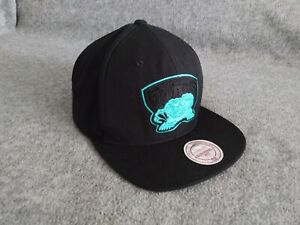 Mitchell & Ness NBA Vancouver Grizzlies Wool Blend Snapback Hat Black One Size