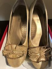 Pre Owned Vaneli Seema Women's Size 6.5 M Beige Textile Flats Shoes