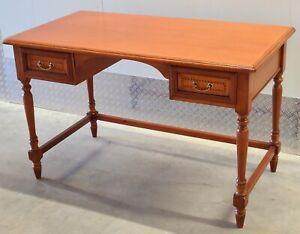 SELVA Schreibtisch Tisch Kirschbaum massiv  Intarsien Messing antik Stilmöbel