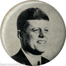 Unusual 1960 Campaign John F. Kennedy Picture Button (5154)