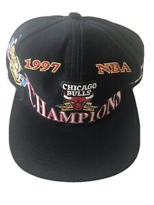 Vintage Chicago Bulls 1997 97 NBA Champions Snapback Hat Logo Athletic Jordan