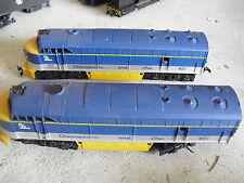 Vintage HO Scale AHM Tempo Chesapeake & Ohio 2 Powered Locomotives 401 LOOK