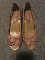 Banana Republic Tan Open Toe Pumps Leather Shoes Women's Sz 7M