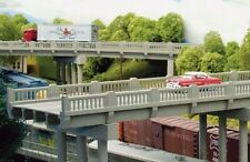 HO Early Highway Overpass with Pier Structure Kit - Rix Products #628-0102