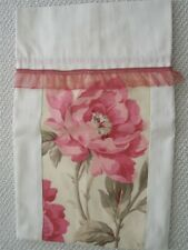 French Country Style Toile de Jouy Bag with Peony for Bottle as Hostess Gift