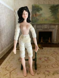 Vintage Miniature Dollhouse 1:12 Porcelain Lady Doll Dark Hair Pretty Face