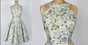 Vintage 1950s/50s Floral Print Basque/Princess Waistline Cotton/Rayon Dress 40s