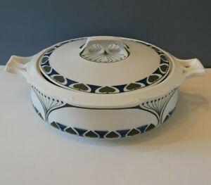 Ferdinand Selle Burgau Porcelain 'Katharina' Jugendstil Covered Casserole Dish