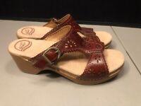 Women's Dansko Leather Heeled Sandals Clogs Wooden Look Size 40