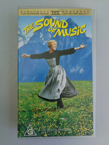 The Sound Of Music VHS Rogers & Hammerstein Julie Andrews Classic Musical