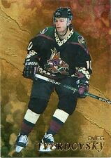98-99 BE A PLAYER BAP GOLD #258 OLEG TVERDOVSKY COYOTES *33112