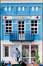 Dr. GOLDSTEIN'S PHARMACY STORE G Scale Building Kit  62207 New in Box