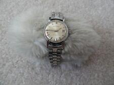 Waltham 17 Jewels Incabloc Wind Up Ladies Vintage Watch