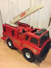 Vintage Toy Tonka Red Fire Truck Metal And Plastic 1999 Rotating Ladder As Is