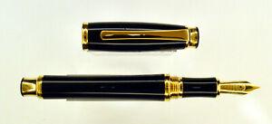 Fountain pen Signum solare  Black Gold trim