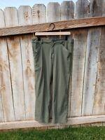 NWT Patagonia Women's Quandary Convertible Pants Sage Hiking Sz 10 Regular Fit