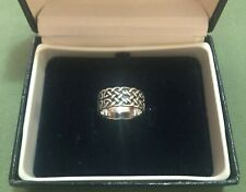 TRADITIONAL CELTIC KNOTS STERLING SILVER RING - SIZE O (7.25)