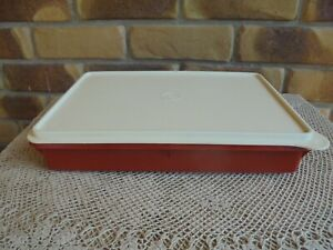 TUPPERWARE PAPRIKA SLICE N STORE WITH NEW CREAM LID