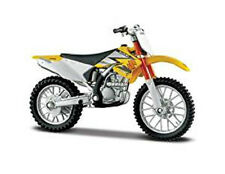MAISTO 1:18 Suzuki RM Z250 MOTORCYCLE BIKE DIECAST MODEL TOY NEW IN BOX
