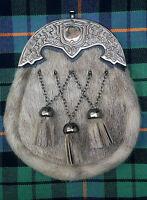 Men's Scottish Kilt Sporran Seal Skin Celtic Shamrock Cantle/Kilt Dress Sporrans