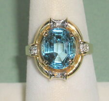 SOLID     14K Gold     BLUE  TOPAZ   Diamond    Ring