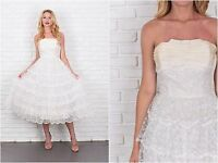 Vintage 50s Lace Wedding Dress Gown Tulle Tiered Strapless XS