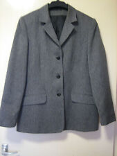 A WOMENS LOVELY GREY B.H.S JACKET SIZE 16  BUTTON FASTENER