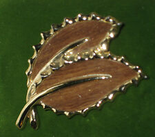 VTG Signed Sarah Coventry Gold double Leaf Brooch Wood Grain finish Inlay Pin